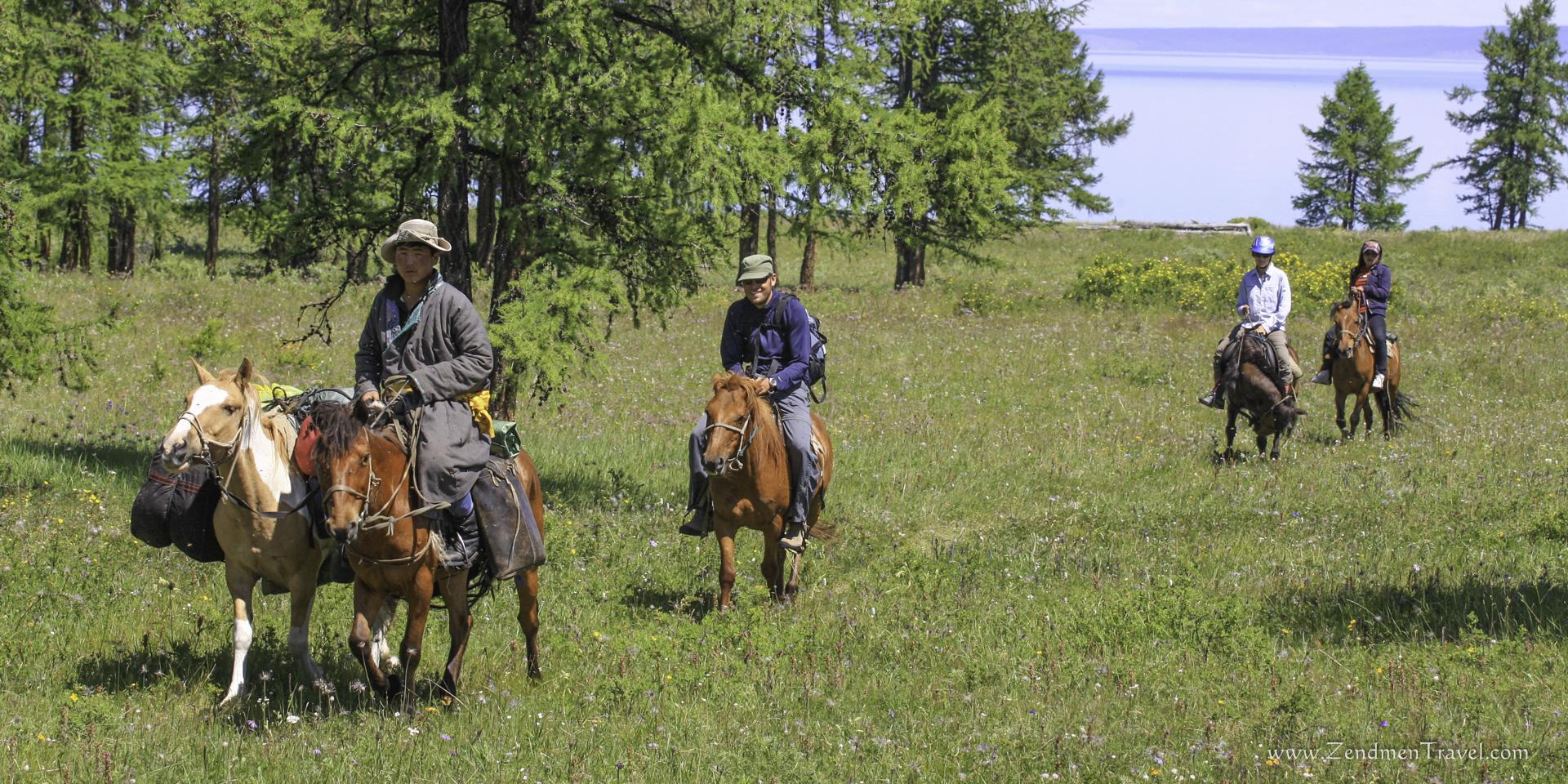HORSE TREKKING TO TSAATAN PEOPLE